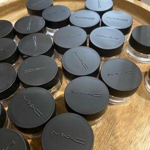 MAC dramming jars 25 count